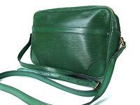 Authentic LOUIS VUITTON Trocadero 24 Green Epi Leather Shoulder Bag Purse