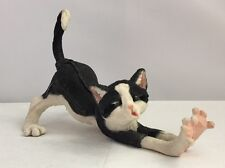 Country Artist A Breed Apart Mittens Yawning Black & White Cat Figurine