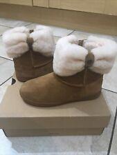 Bnib Girls Ugg Boots Size 12 Kids £95
