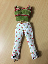 Barbie My Scene Chelsea Doll Out & About Lace Cami Top Cherry Capri Pant Outfit