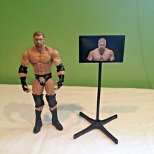 WWE WWF HHH TRIPLE H  WRESTLING ACTION FIGURE WITH  ACCESSORIES DX