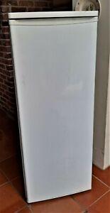 Tall Larder Fridge 140cm