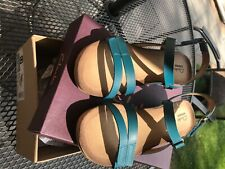 Clarks ladies sandals size 7 1/2 blue leather - wedge heel - worn once