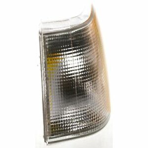 New Driver Side Clear and Amber Lens Parking Light For Volvo 940 91-95 VO2520105