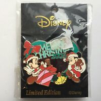 Mickey & Pals - Christmas 2005 Mickey & Minnie Mouse LE 500 Disney Pin 43015