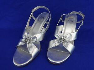 NEW Special Occasions by Saugus Shoe MISTY 1955 Silver Metallic Slingback 7.5W
