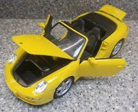 Maisto Porsche 911 Carrera S Cabriolet 1:18 Diecast Model