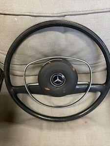 Mercedes w114 w115 280 300 250 w108 w113 steering wheel 280ce se s 280sl