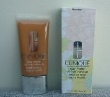 CLINIQUE Stay-Matte Oil-Free Makeup Foundation, #19 Sand, 30ml, Brand New in Box