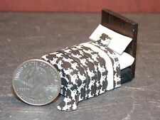 Dollhouse Miniature Halloween Bed 1:48 Quarter inch scale 1/4 F48 Dollys Gallery