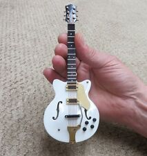 Tipo's Creations Miniature Electric Guitar White (CGC18W)
