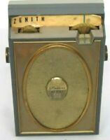 Vintage Zenith Royal 500 H Deluxe Eight Transistor Radio - Works