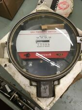 "HONEYWELL 1/2""NPT 5PSI  GAS PRESSURE SWITCH C437E 1004 New Spare Part"