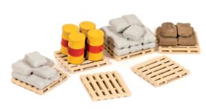 Ratio 514 OO Gauge Assorted Pallets, Sacks & Barrels