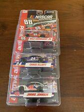 Auto World NASCAR Slot Car Set