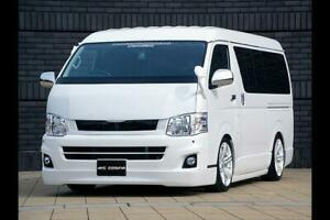 415 COBRA [Wide] CLEAN LOOK Front Grille [Type 3] for the Toyota HiAce H200