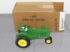 Vintage JOHN DEERE model A Tractor WYOMING Centennial 1:16 Scale Models NIB