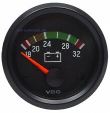 VDO International Voltmeter 16-32 Volt (332.040.001G)