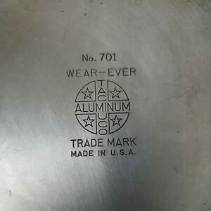 Vintage WEAR-EVER Aluminum Cookware SAUCE PAN Wood Handle 1 Qt #701 NO Lid USA