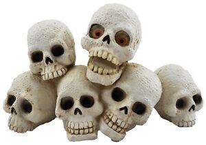 Skulls Halloween Ornament Statue Figurine Sculpture Spooky Skull Décor 15 cm