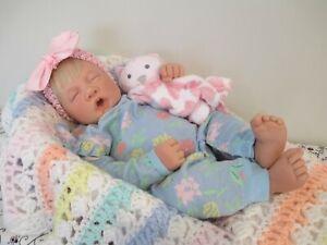 Darling Lifelsize, Sleeping Lee Middleton Vinyl & Cloth Baby Doll, USA, 1994