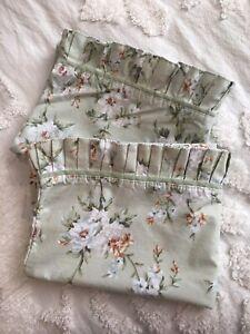 2 Waverly Carolina Magnolia Garden Room Ruffled Pillowcases Pair, Mismatch Sizes