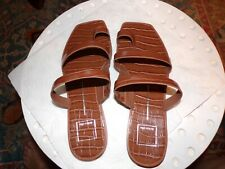 Dolce Vita Isala Sandals Brown Croc slip on sandals size 9 excellent condition