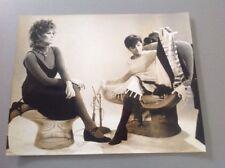 CLAUDIA CARDINALE - Photo de presse originale 27x21cm