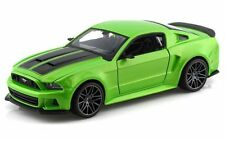 Maisto 1:24 2014 Ford Mustang Street Racer Diecast Model Racing Car Toy Green
