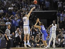 NORTH CAROLINA TAR HEELS LUKE MAYE WINS SOUTH REGION 8X10 PHOTO W/BORDERS