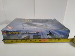 2003 AMT/ERTL Batman Batskiboat Model Kit 38040 New In Sealed Box