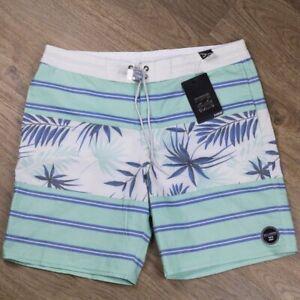 Billabong Mens Boardshorts Swimwear Mint White Floral Pattern Size 33 New
