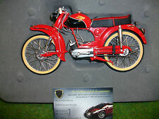 Moto VICTORIA AVANTI rouge 1/10 SCHUCO 450666500 moto miniature