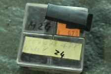 M24) Vespa PK 50 80 125 S Endstück Trittleiste 197078 aussen v. links Automatik