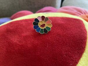 TAKASHI MURAKAMI Kaikai Kiki Flower Lapel  Pin Badge Rainbow complexcon Us Selle
