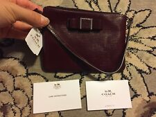 NWT COACH SHERRY MAROON DARCY PATENT LEATHER BOW WRISTLET CLUTCH WALLET 52137