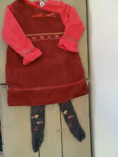 Robe rose fuchsia brodé, collant noir motifs oiseaux anis et fuchsiaSUCRE D'ORGE