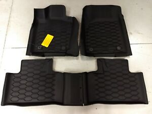 2016 2017 2018  2019 Dodge Durango  Slush Mats 82215578