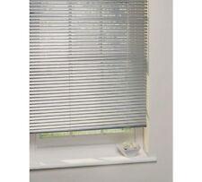 2ft Aluminium Venetian Blind (2 of 2)