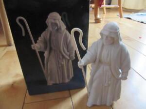 1983 AVON WHITE NATIVITY THE SHEPHERD PORCELAIN FIGURINE CHRISTMAS
