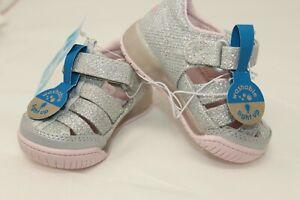 Surprize ~ Stride Rite Size 4 Toddler Light Up Silver Glitter Fisherman Sandals