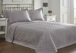 Faux Silk Regent Silver Quilted Geometric Bedspread & Pillowshams - KING SIZE