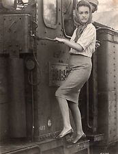 PHOTO ORIGINALE - JEANNE MOREAU - TRAIN -