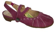 Ladies Closed Toe Hook and Loop Fasten Open Back Summer Shoe Fuchsia Size 3