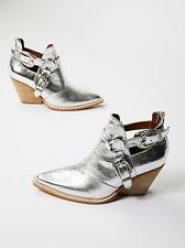Jeffrey Campbell and Free People Icon Western Boot Silver Embossed Sz 9 Gorgeous