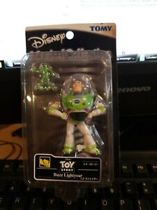 TOMY Disney Magical Collection 042 Buzz ・ Lightyear