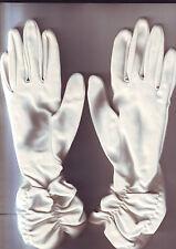 jolie paire de gants longs femme - blancs - satinés - pour fetes ou ceremonies