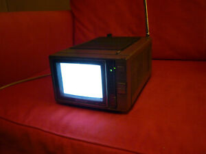 SONY TRINITON COLOR TV  KV 6000 Vintage Portable WORKING ORDER Added new photos