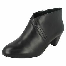 Ladies Clarks Smart Ankle BOOTS Denny Frances Black Leather UK 6.5 E