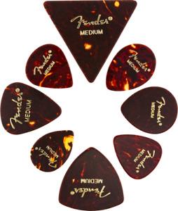 Fender celluloide chitarra//plettri/ /12/x 351/stile viola moto sottile in un comodo portaplettri